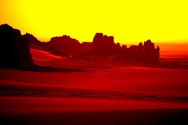 desert_sand_yellow_mountains_light_high_contrast_hd-wallpaper-345231
